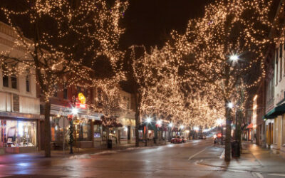 Downtown Naperville Lights Up!