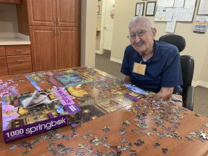 Staying-busy-during-the-pandemic-by-doing-a-puzzle