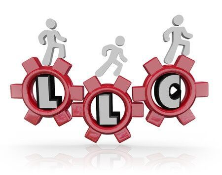 The Differences Between a Sole Proprietorship & a Single-Member LLC