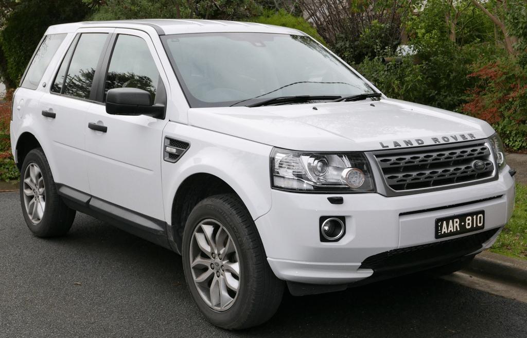 Windshield Repair Service for Land Rover Freelander