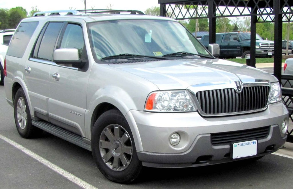 Phoenix Lincoln Navigator Window & Glass Repairs