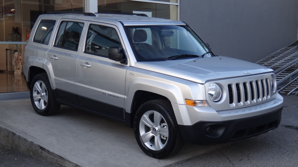 Jeep Patriot Auto Glass Repair and Replacement
