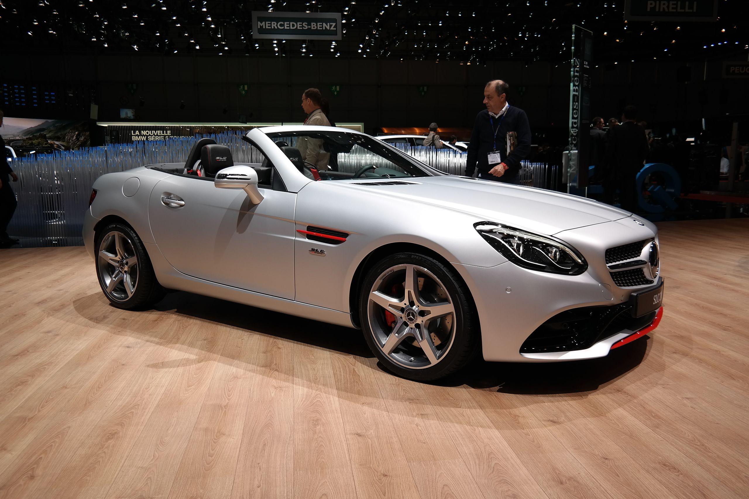 Mercedes SLK Class Window & Windshield Replacement