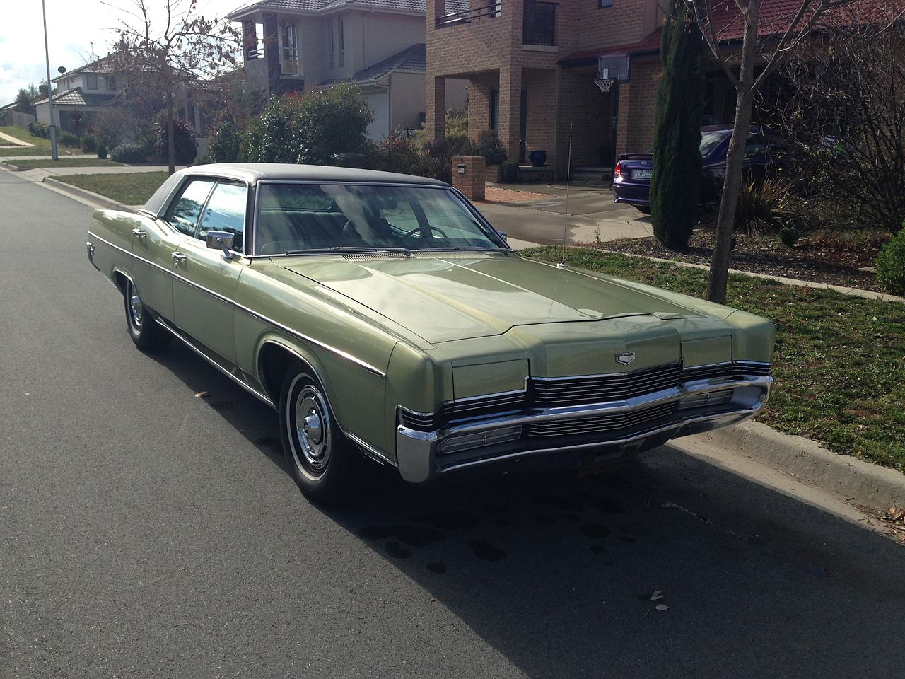 Windshields and Windows Repair and Replacement for Mercury Marquis
