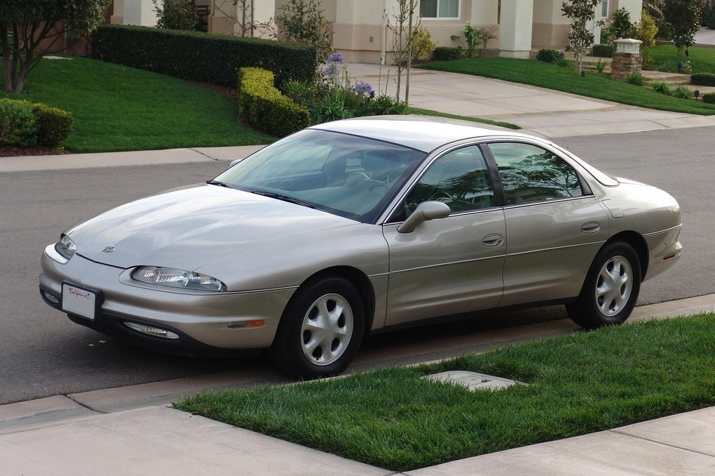Auto Glass Repair and Replacement for Oldsmobile Aurora