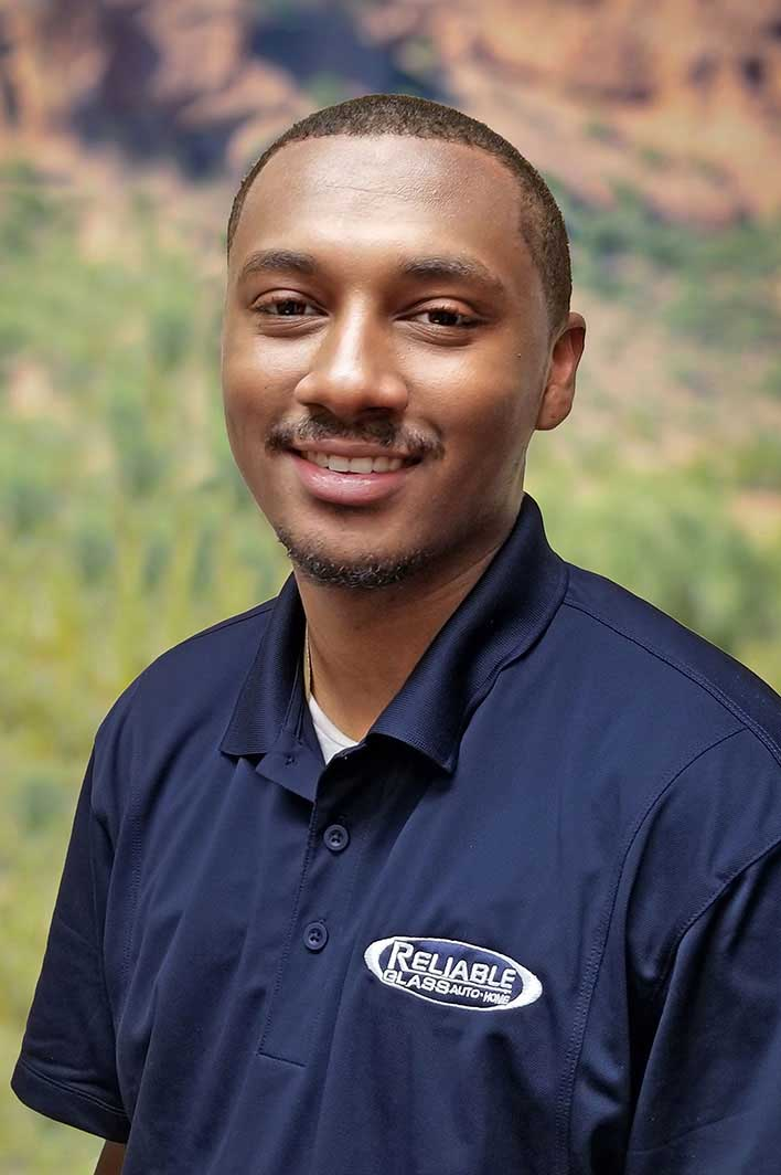 Deonte Harrinton - Auto Glass Technician