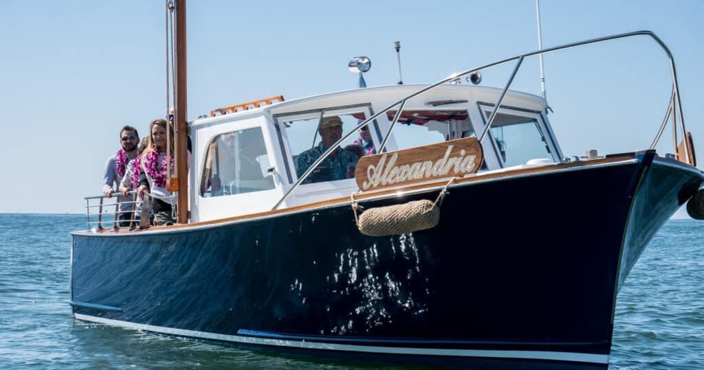 #ashscattering #classicwoodboat #boatrental #boatcharter