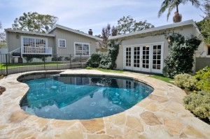 Read more about the article Hollywood Riviera Pool House for Sale