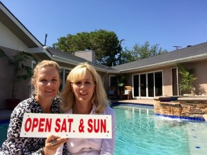 Read more about the article Beat the heat at our New Listing in South Torrance – Has Pool & Air Conditioning!!!