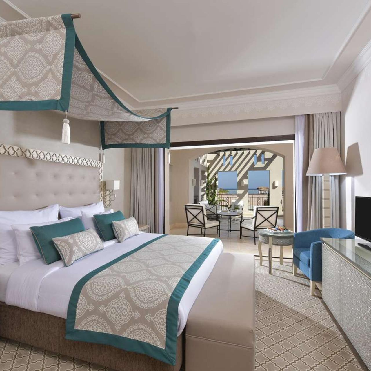 portada pie de cama para hotel