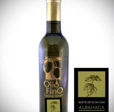 aceite de oliva extra virgen con albahaca