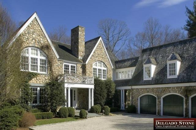 Old New England Rounds House Wraparound