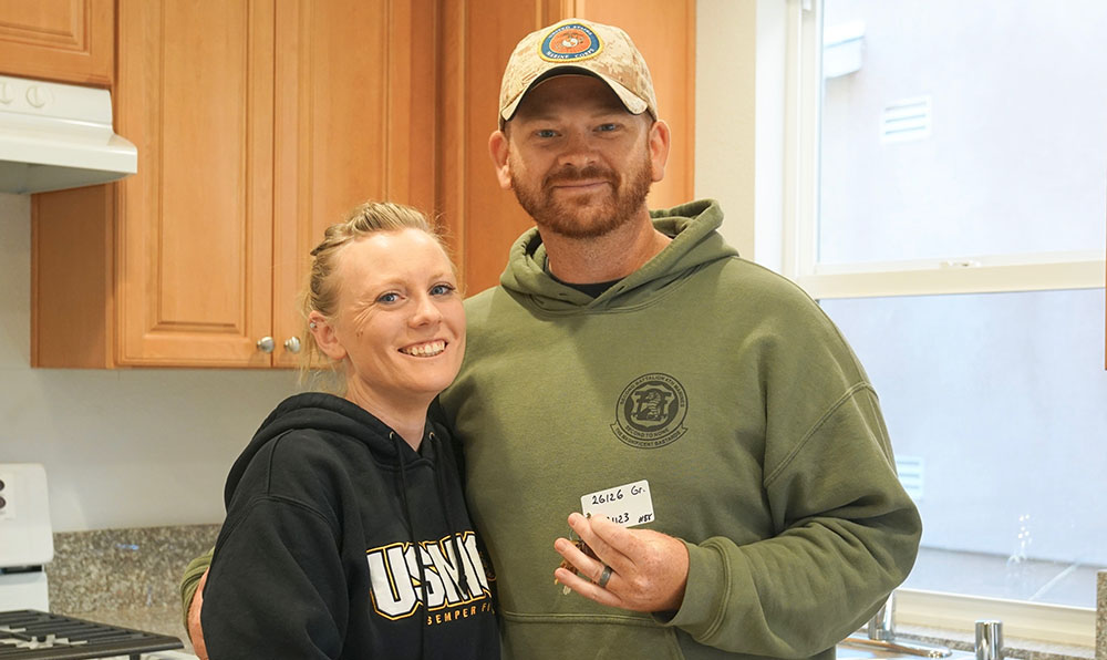 Military Veteran Families Move in to be Home for the Holidays!