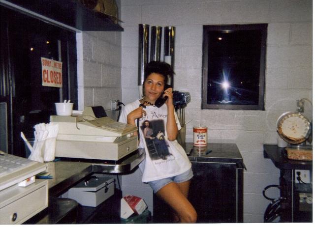 Marijke working at Jimmie Cone