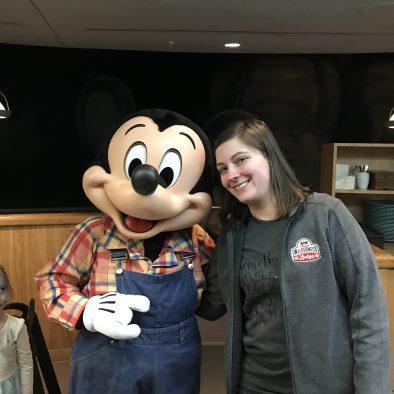 Renee Kuzma - Travel Planner with Platinum Mosue