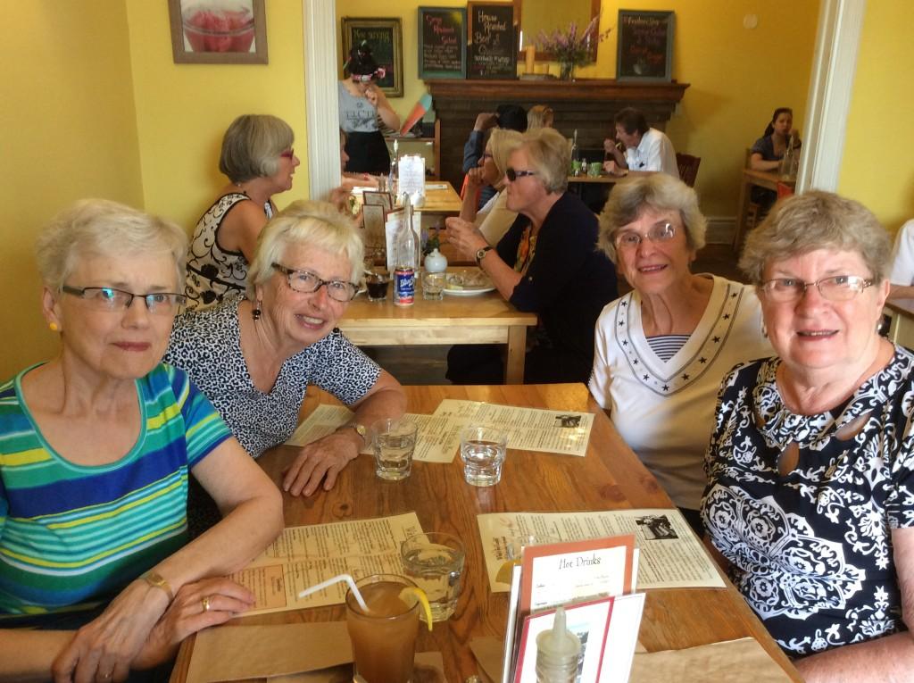 Alberta, Ruth, Pauline and Gwen