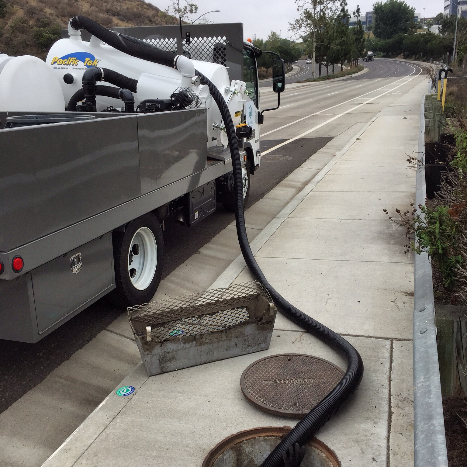 storm drain cleaning service