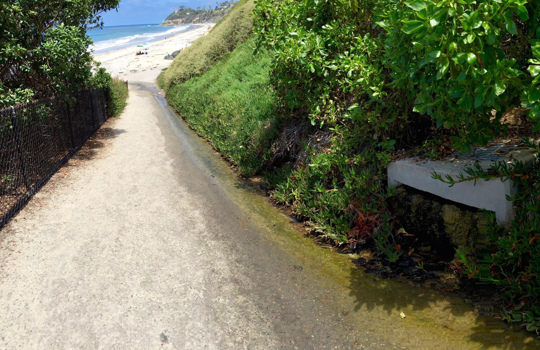 runoff flows to beach