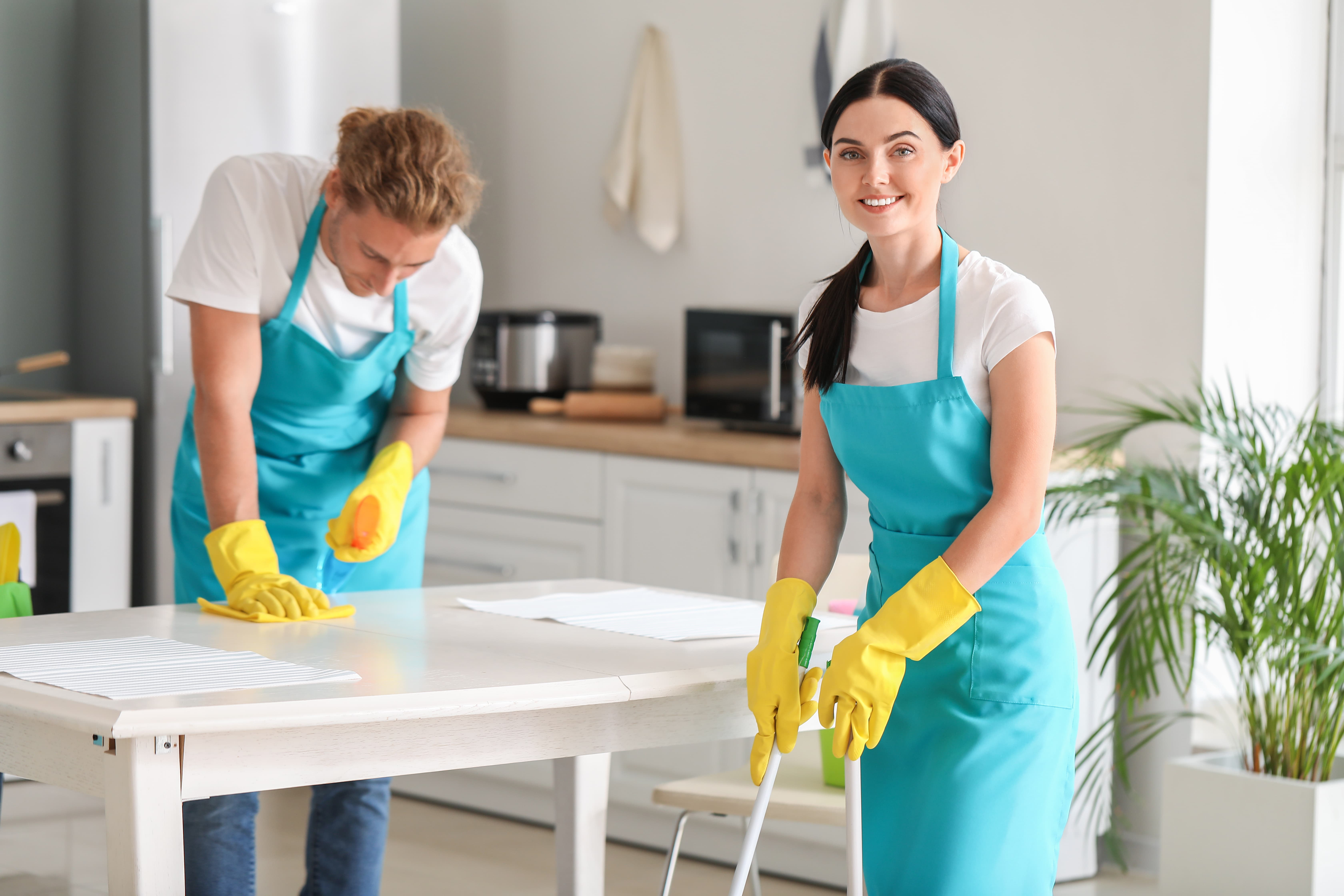 hings you should know before hiring a cleaning service