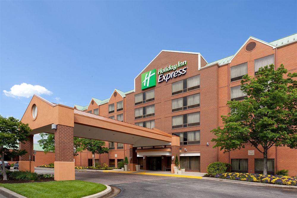 Holiday Inn Express Ceiling Repair