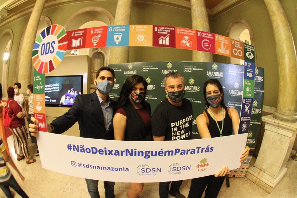 Realização da Semana Internacional da Juventude pela SDSN Jovem Amazônia e participação na Virada Sustentável em Manaus.