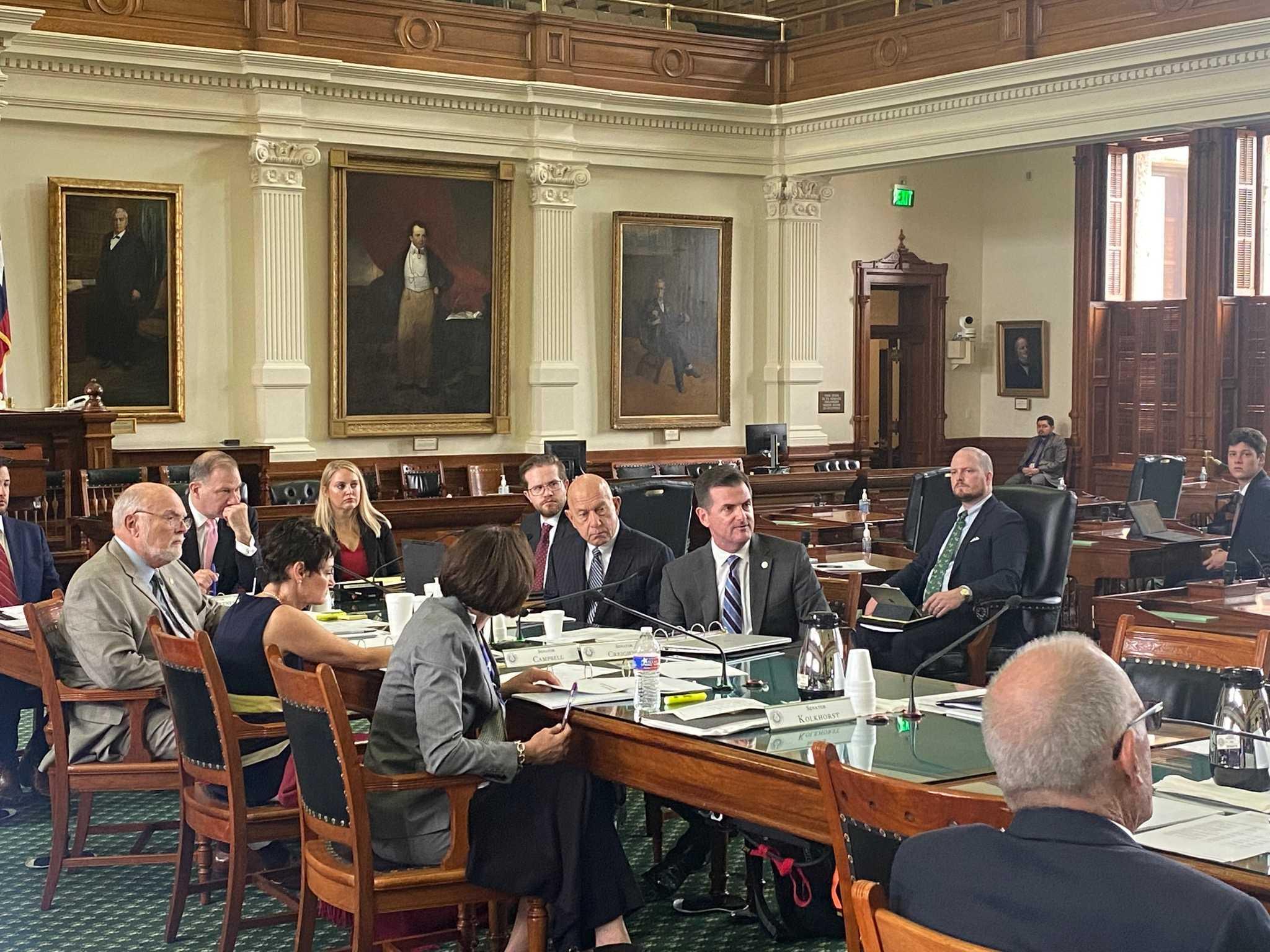 The Texas Senate – Working.