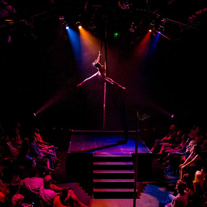 Flying Solo Toronto Circus Rigging Entertainment Fabrication