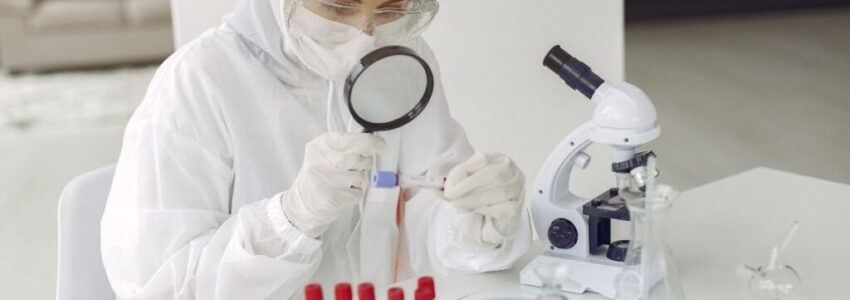 Young doctor studying the chronic virus at the lab