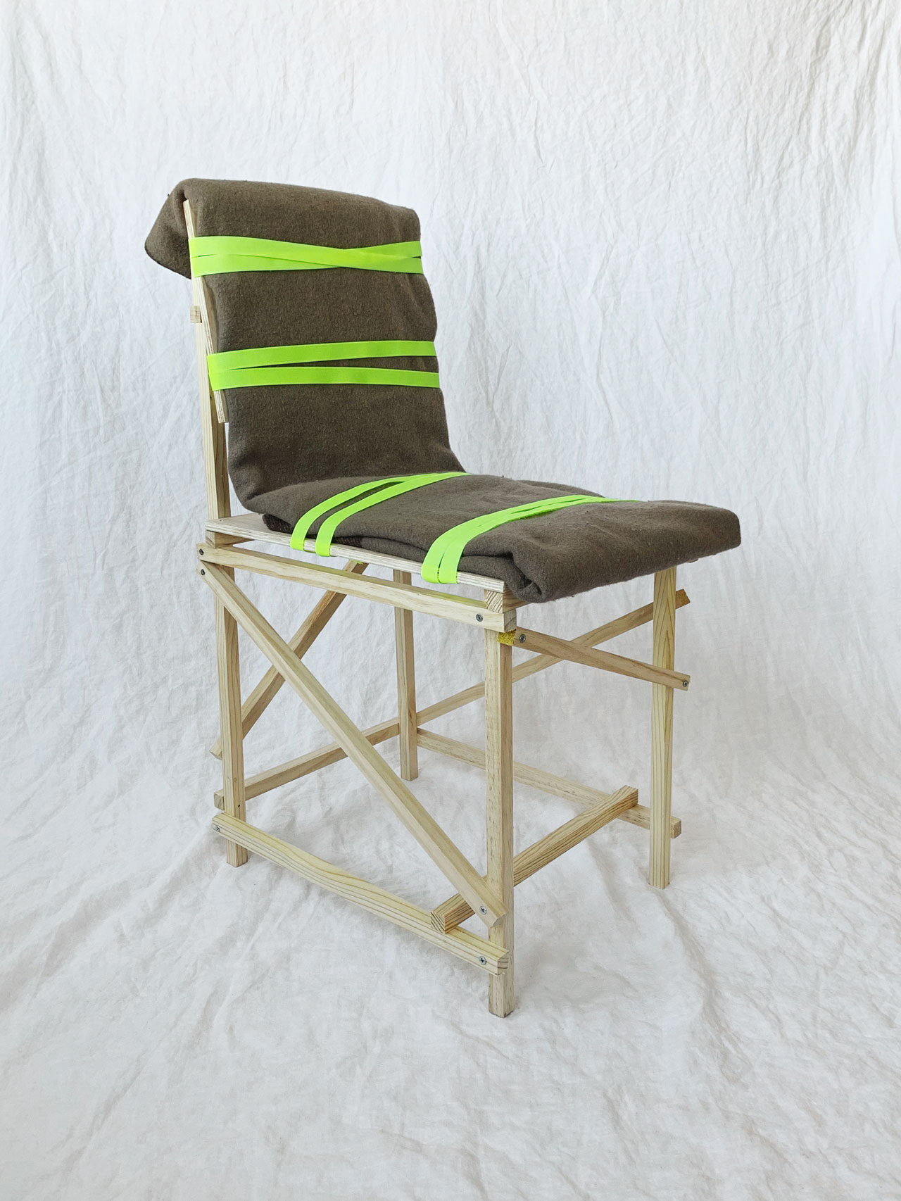 Rough And Ready DIY Chair by Tord Boontje