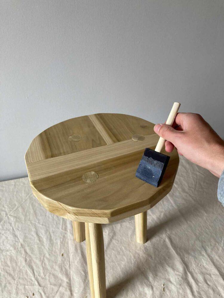12   Brush on two coats of varnish.
