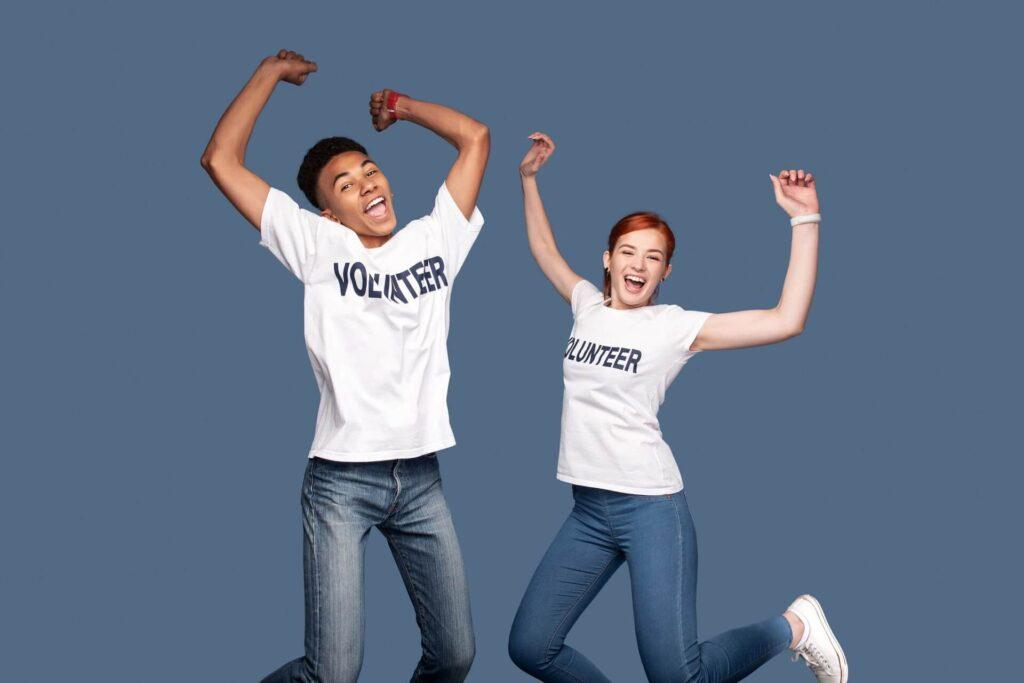 Reasons Young People Volunteer | La Casa