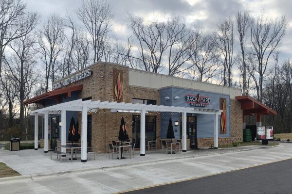 backyard burgers restaurant