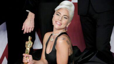 Lady Gaga comparte la primera imagen de su nueva película.