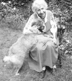 Anna Freud, aged 85 with her puppy, Jo-Fi