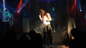 performing-on-stage-singing-no-ab