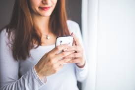 Dating Tips - Girl with Smart Phone