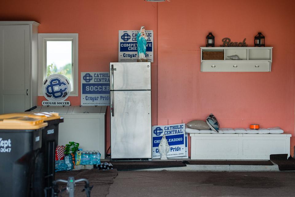madonnas-in-a-pink-garage