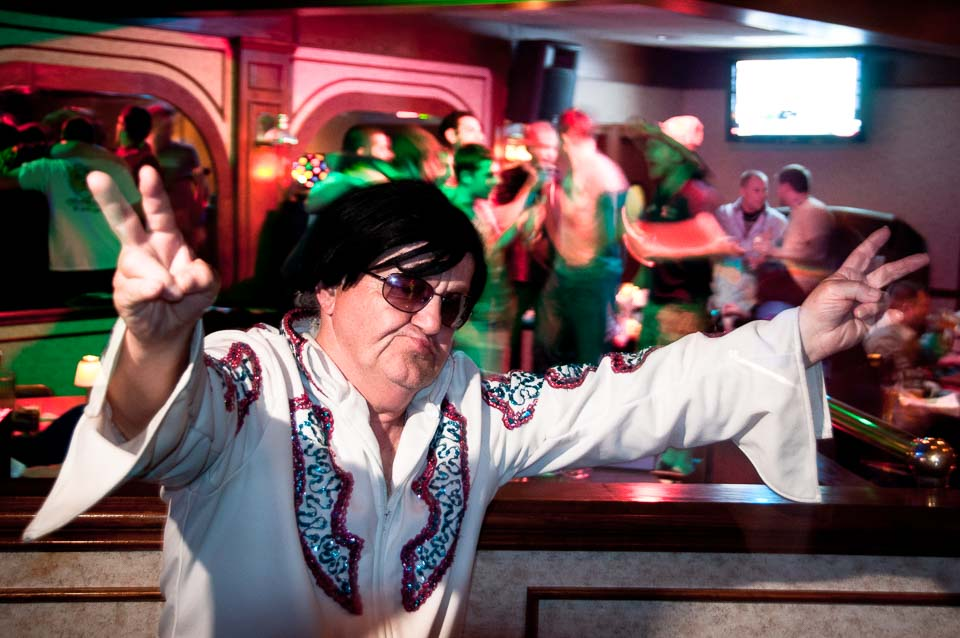 karaoke-elvis-impersonator