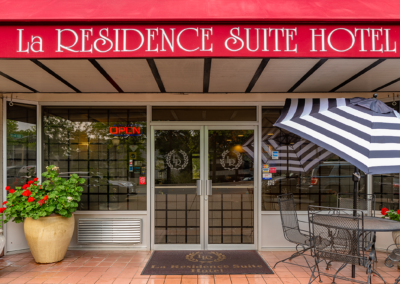 Affordable Cheap Bellevuew Hotel