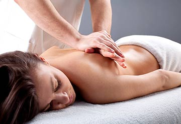 tampa massage therapist, top massage tampa, best tampa therapeutic massage, where to get therapeutic massage tampa, tampa rehab massages, tampa top chiropractor, chiropractic clinics tampa, best wesley chapel massage