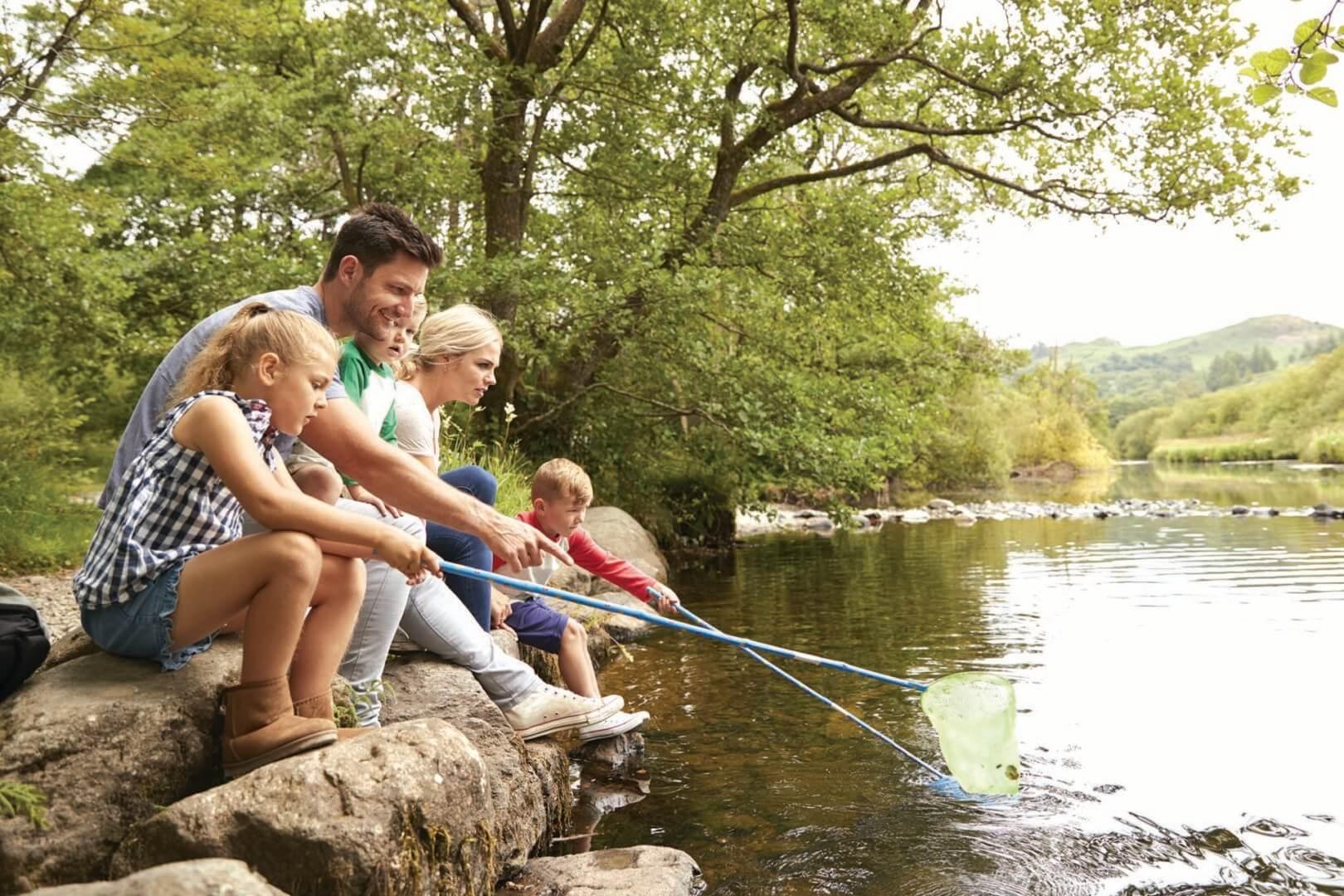 Fishing-family-scaled (1)