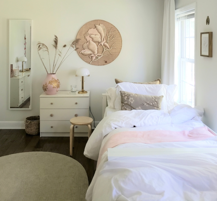 Bedroom Kids & Girls Bedroom designed by Orlie Katsiris Staging & Interiors