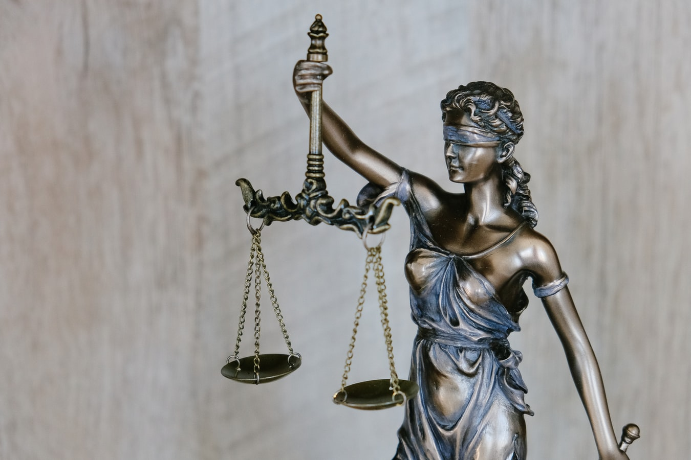 Things to Consider When Selecting a Real Estate Expert Witness
