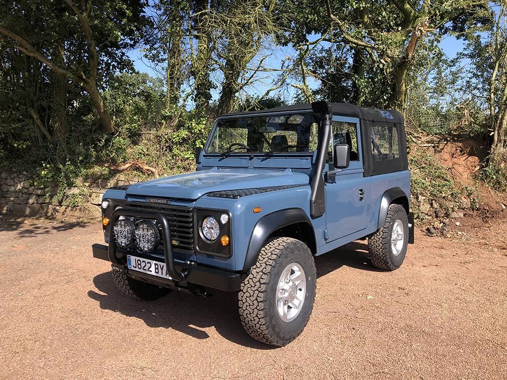 Land Rover Arles Blue 90 28
