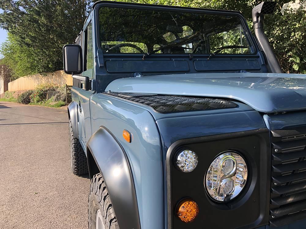 Land Rover Arles Blue 90 64