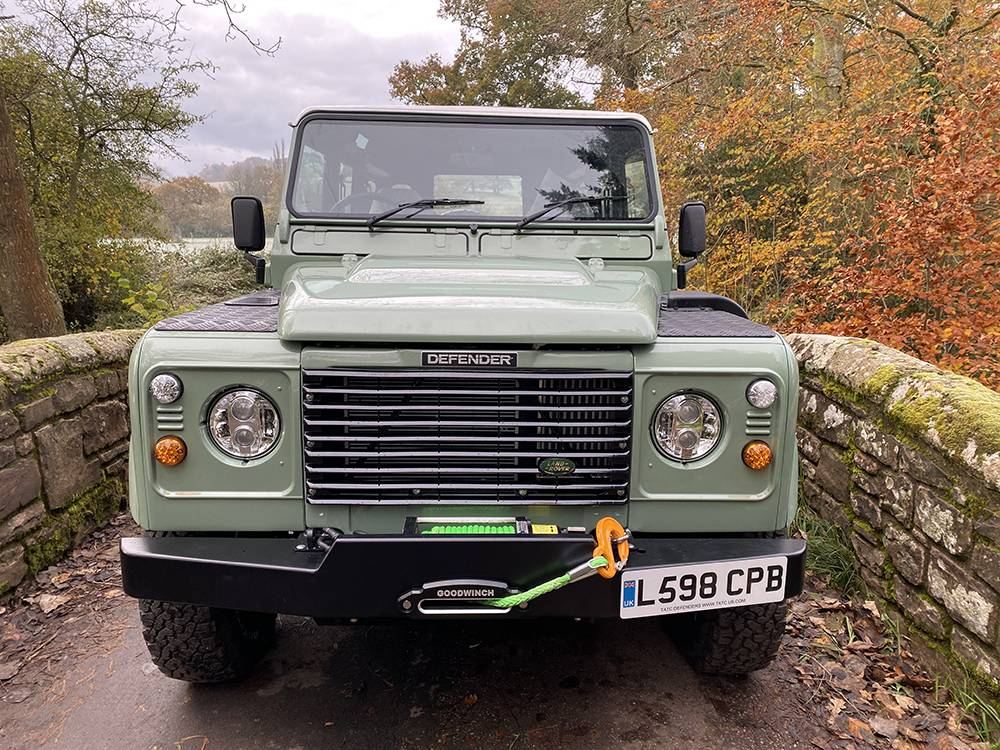 Land Rover D110 Heritage Green 7432