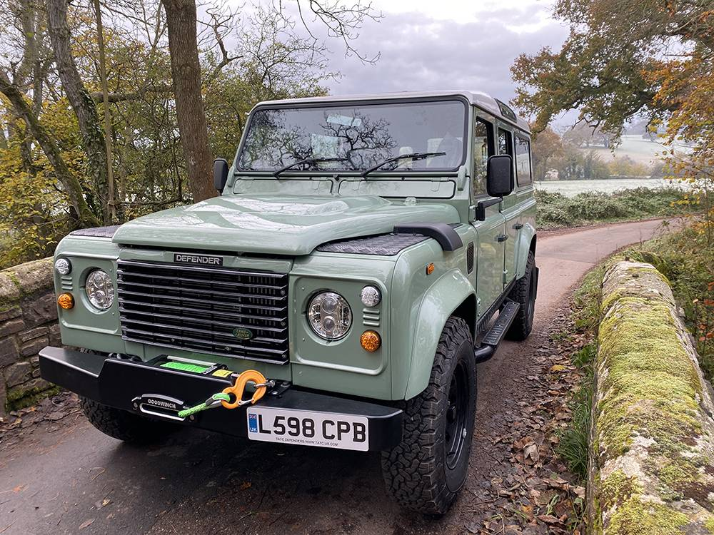 Land Rover D110 Heritage Green 7433