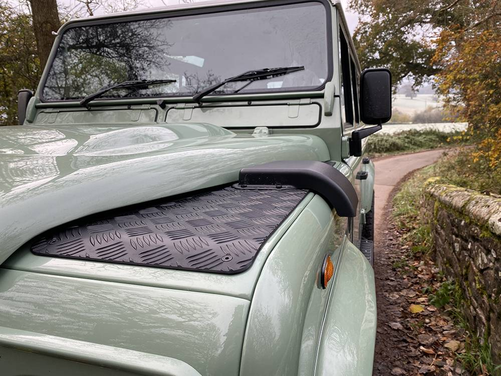Land Rover D110 Heritage Green 7438