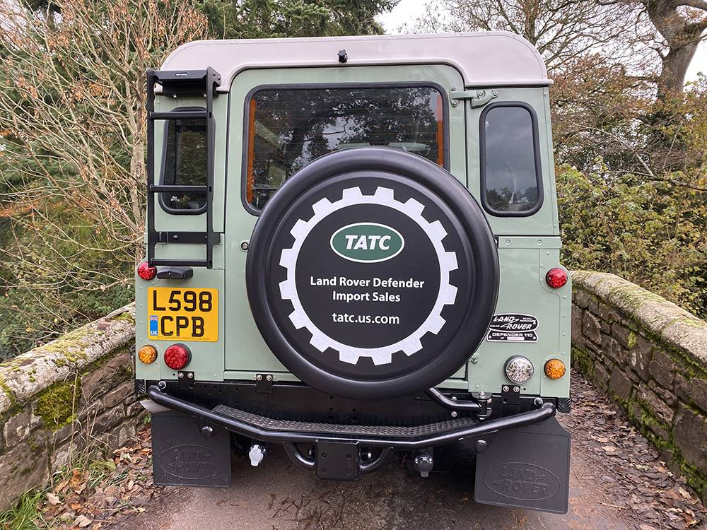 Land Rover D110 Heritage Green 7439
