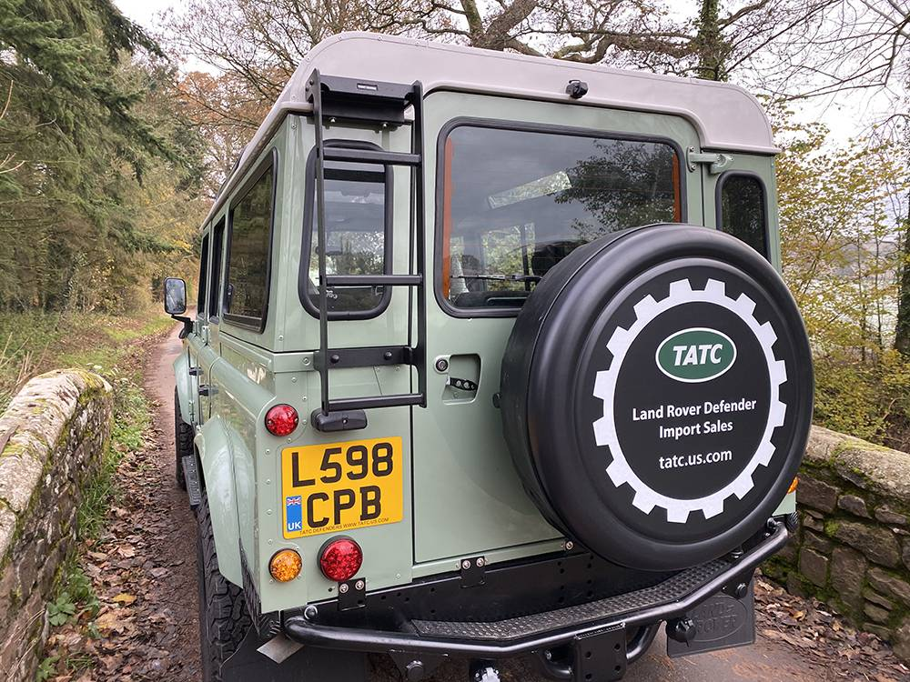 Land Rover D110 Heritage Green 7440